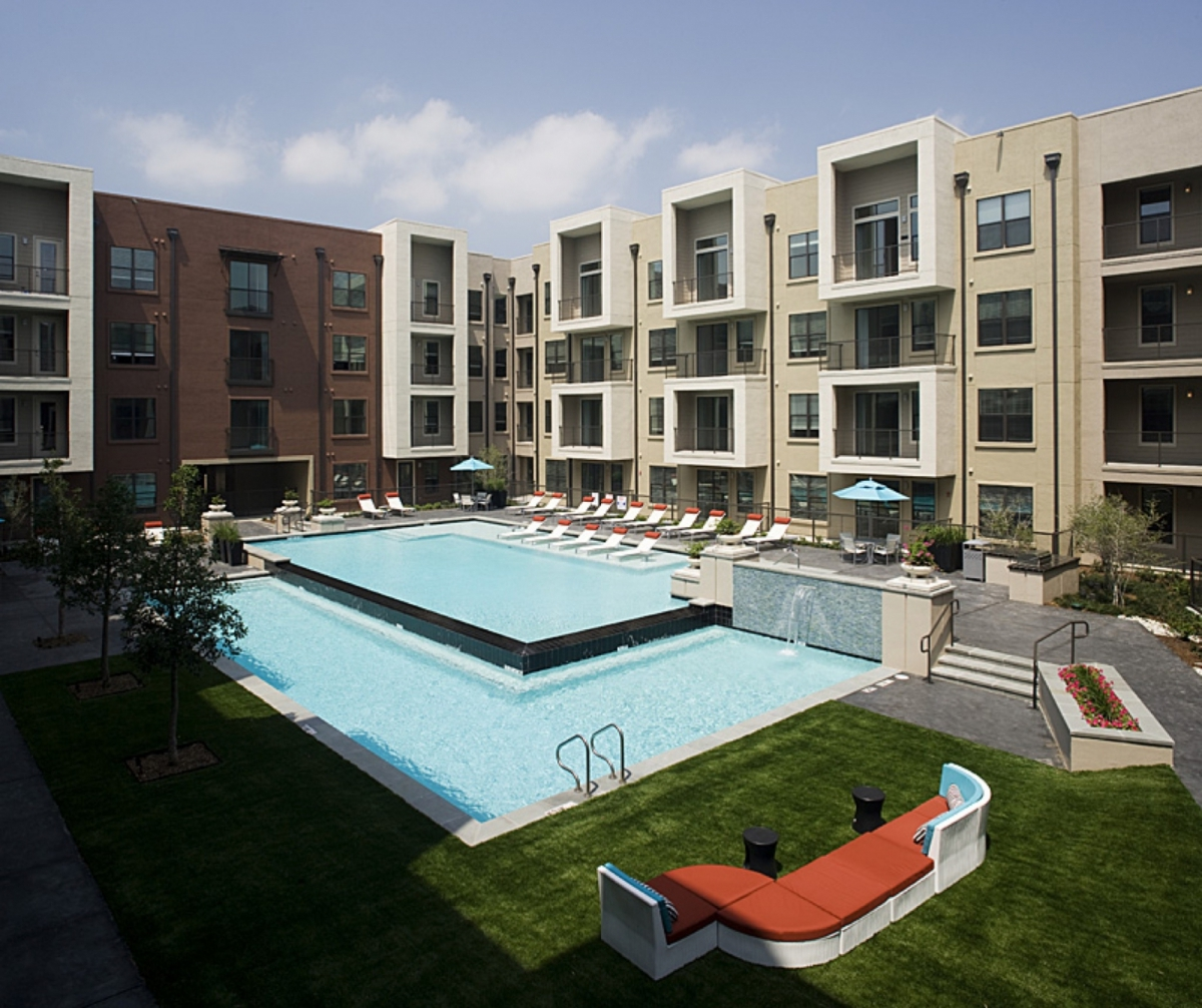 Sterling Park Apartments: Camden Design District